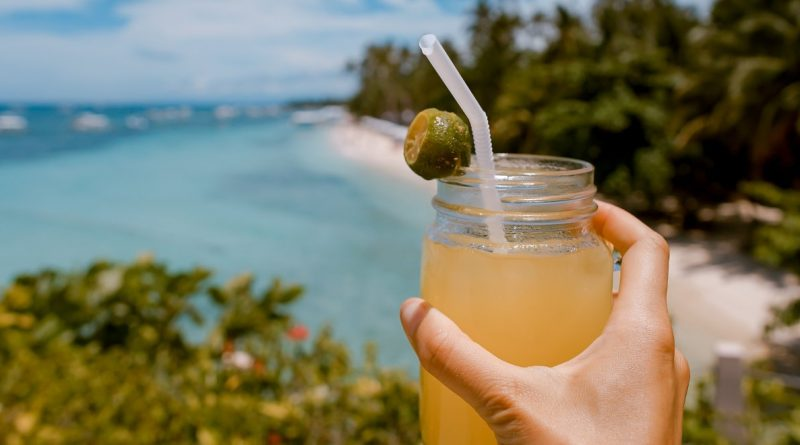 Marijuana-infused honey whiskey lemonade cocktail