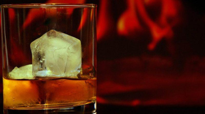 Weed-infused canna honey bourbon smash cocktail recipe